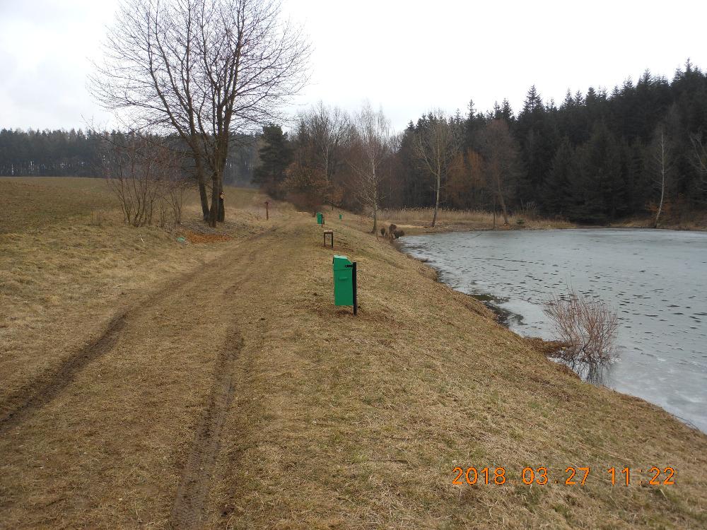Okolí rybníku v Petrovicích bylo revitalizováno